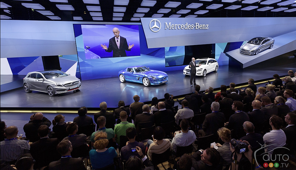 Daimler premieres three electric cars at Paris Auto Show