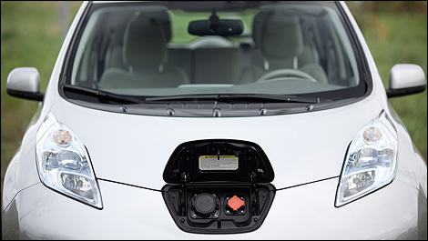 2011 Nissan LEAF front view