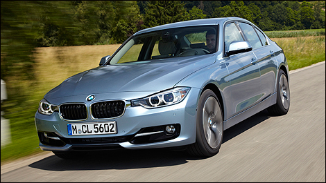 2013 BMW ActiveHybrid 3 3/4 front view