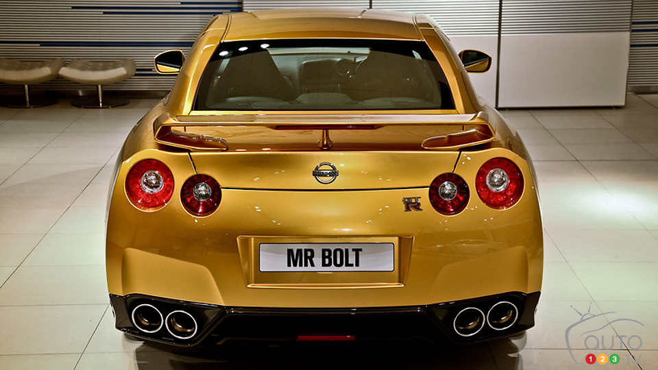 Nissan to auction unique ''Bolt Gold'' GT-R