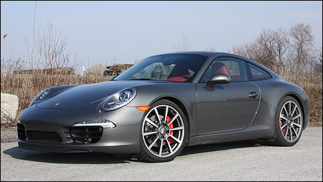 Porsche on La Porsche 911 Carrera S 2012 Obtient Un 6 Cylindres    Plat De 3 8 L