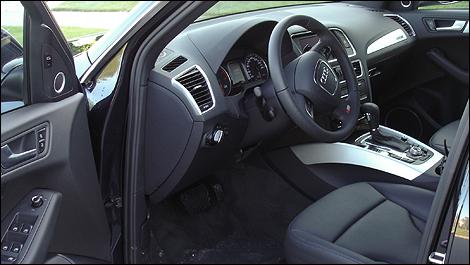 Audi q5 2 0t 2012 essai routier for Interieur q5
