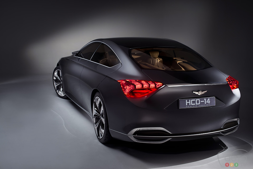 Hyundai HCD-14 concept previews next Genesis
