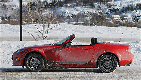 Mazda MX-5 side view