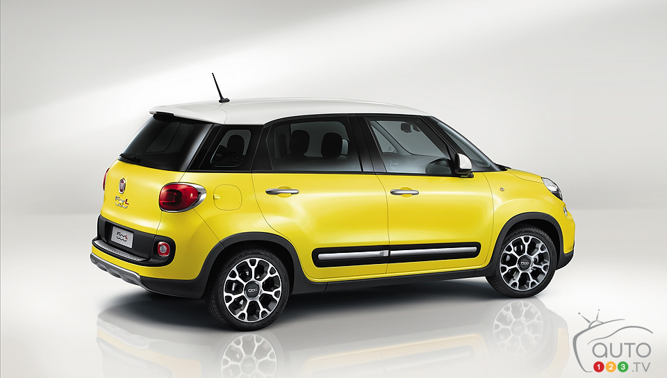 World premiere of Fiat 500L Trekking in Geneva