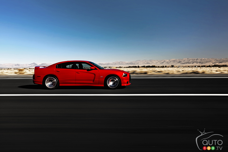 2013 Dodge Charger SRT Preview