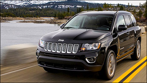 jeep compass 2013 aper u. Black Bedroom Furniture Sets. Home Design Ideas