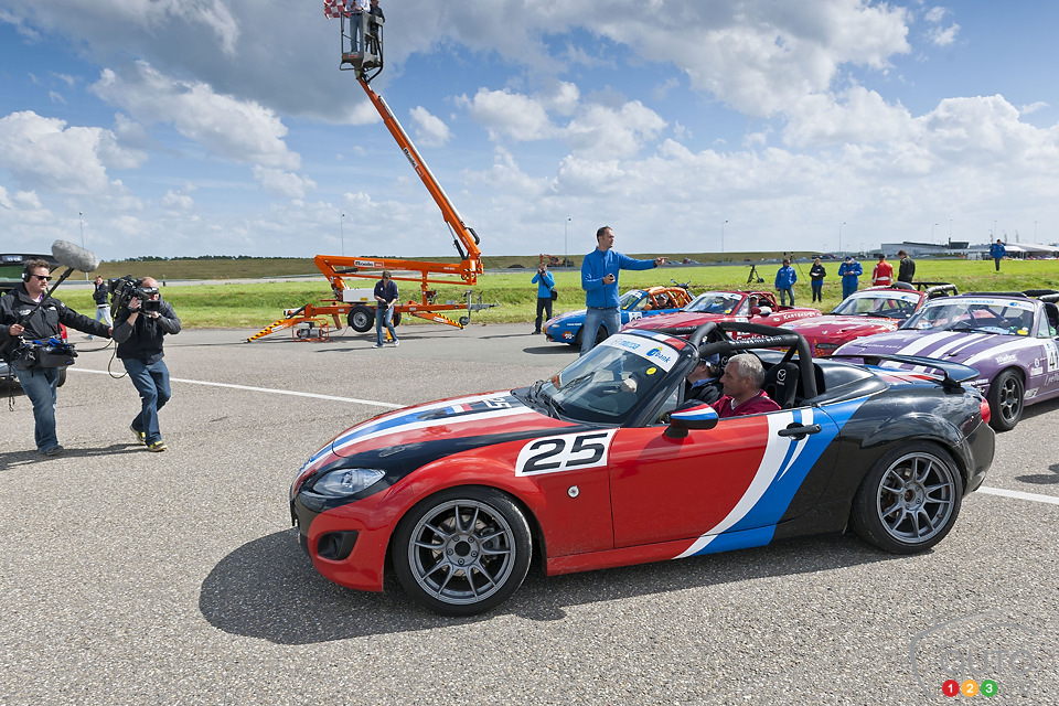 Mazda MX-5 sets world record