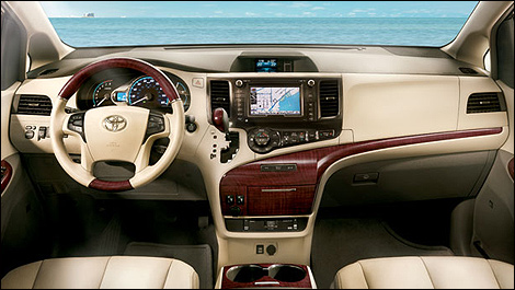 toyota canada announces 2014 sienna pricing car news. Black Bedroom Furniture Sets. Home Design Ideas