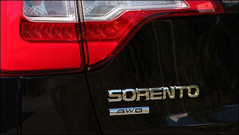 2014 Kia Sorento SX logo