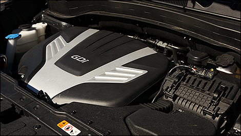 2014 Kia Sorento SX engine