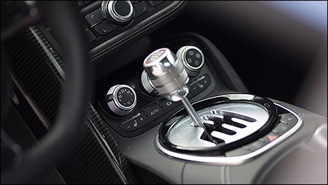 2014 Audi R8 V10 Plus shifter