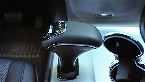 2014 Jeep Grand Cherokee Summit shifter