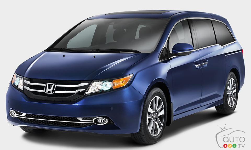 Excellent 2014 Honda Odyssey Touring Review  Spinelli Honda