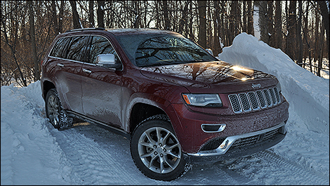 2014 Jeep Grand Cherokee Summit EcoDiesel 3/4 view