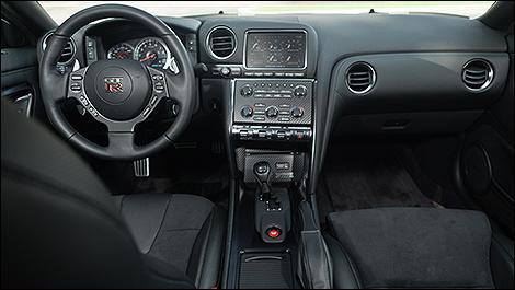 2013 Nissan GT-R cabin