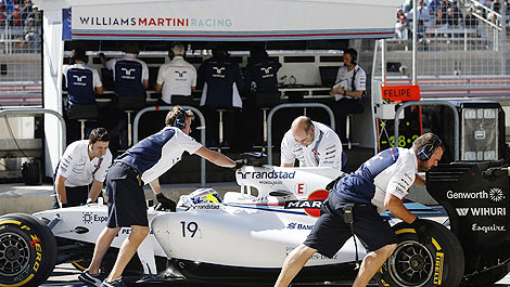 F1 Williams Martini Racing pitwall Felipe Massa