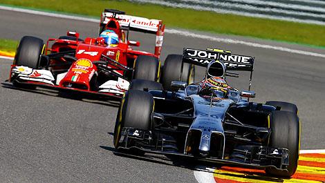 F1 Kevin Magnussen McLaren Fernando Alonso Ferrari
