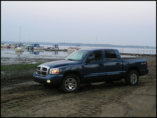 2005 Dodge Dakota Quad Cab Laramie 4x4