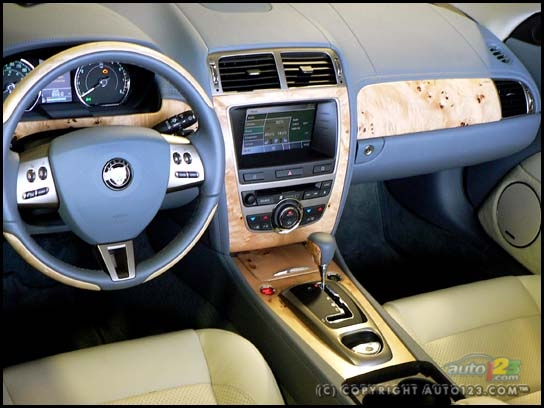 Fast Cars  Jaguar XK Cars
