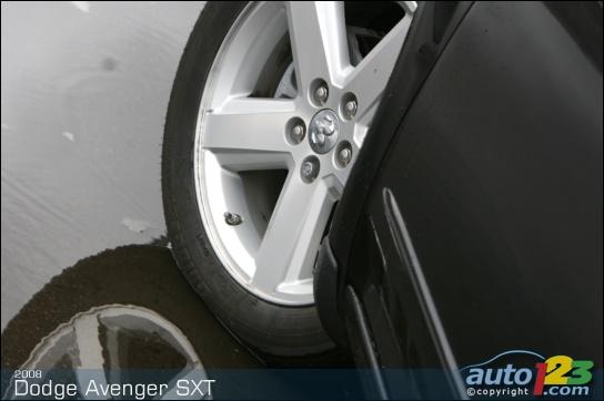Dodge Avenger 2007. 2008 Dodge Avenger