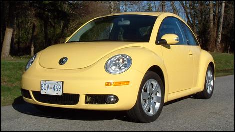 2007-VW-New-Beetle-i001