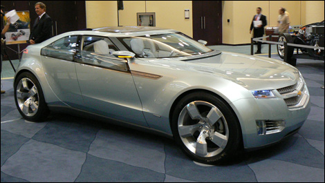 Chevrolet-Volt-i003