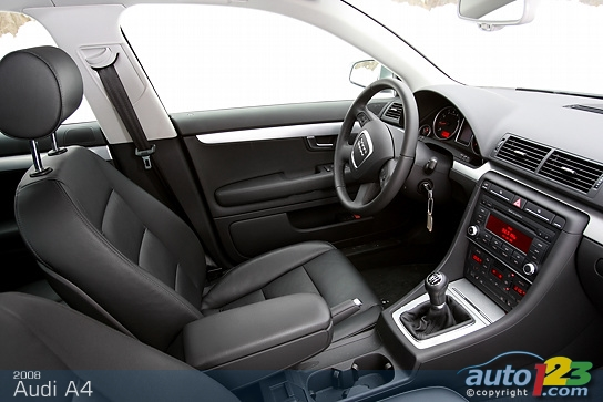 Audi A4 2008 Interior Images & Pictures - Becuo