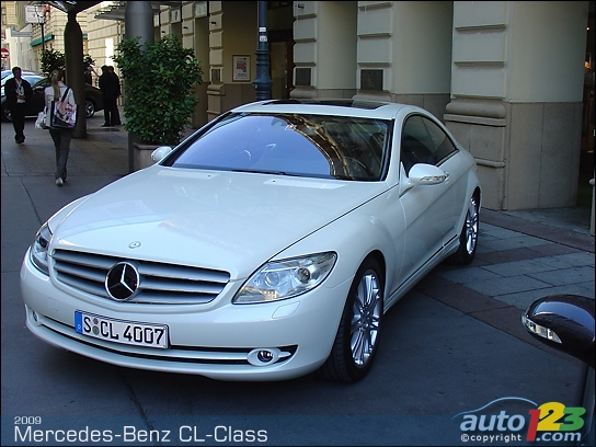 List of car and truck pictures and videos auto123 for 2009 mercedes benz cl550