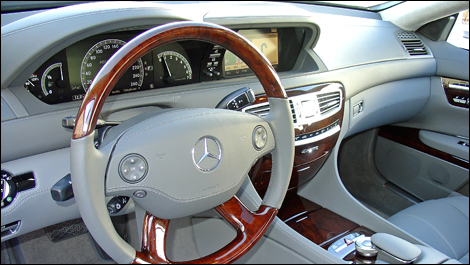 2009 Mercedes-Benz CL550 4 MATIC interior
