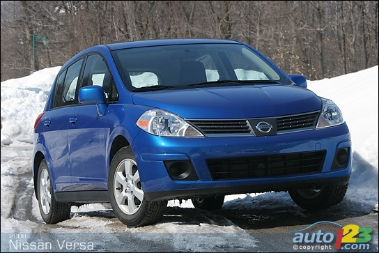 2008 Nissan Versa 1.8 SL Hatchback Review