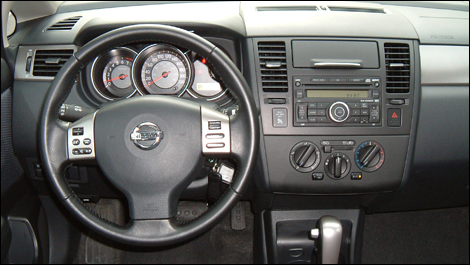 nissan versa hatchback interior. Its interior architecture and