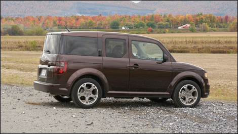 2008 Honda Element SC Review Editor's Review | Page 1 | Auto123.com