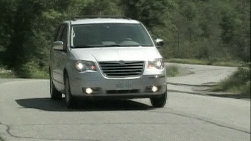 2009 Chrysler Town & Country Limited Video Review