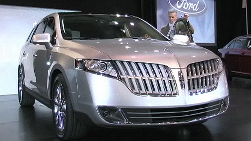 Interview with Pat Schivone, Ford's Design Director, on the new Lincoln MKT Video