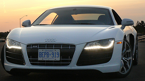 2010 Audi R8 5.2 Video Review