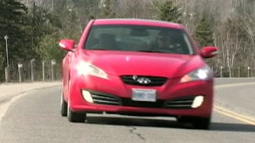 2010 Hyundai Genesis Coupe 3.8 GT Video