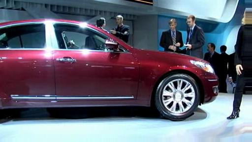 Detroit 2008: Hyundai shows off its Genesis premium sedan  Video
