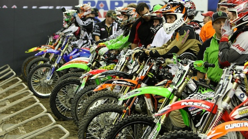 Supercross: Jean-S�bastien Roy, le ROY du stade! Video