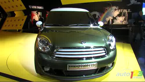 D�troit 2011 : MINI l�ve le voile sur le concept Paceman Video