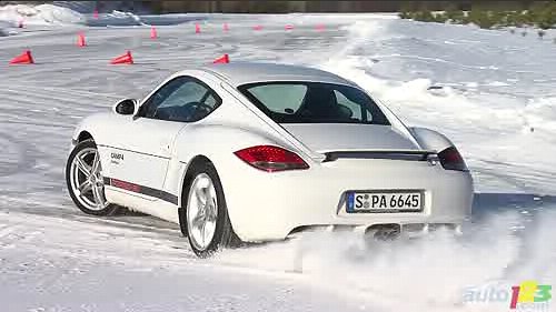 Porsche Camp4 2011 : Quand la glace devient piste de course Video
