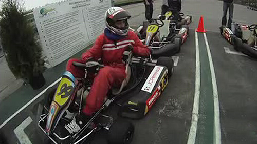 Max Karting: Frissons intenses garantis en kart de comp�tition Video