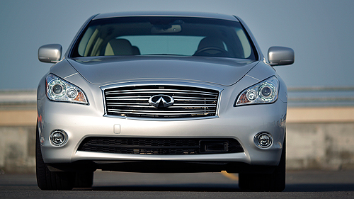 Infiniti M35h 2012 : essai routier Video