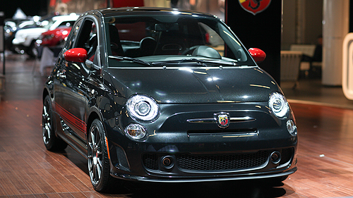 Fiat 500 Abarth 2012 au salon de Montr�al Video