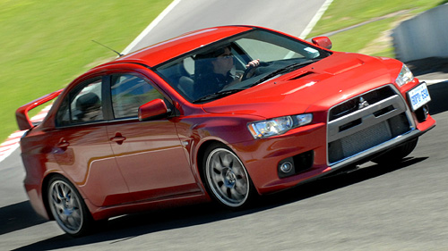 Mitsubishi Lancer EVO MR 2008 : premi�res impressions Video