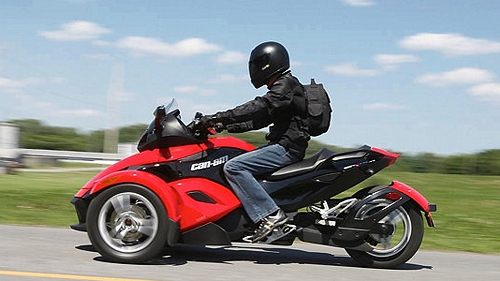 Can-Am Spyder 2008 : essai Video