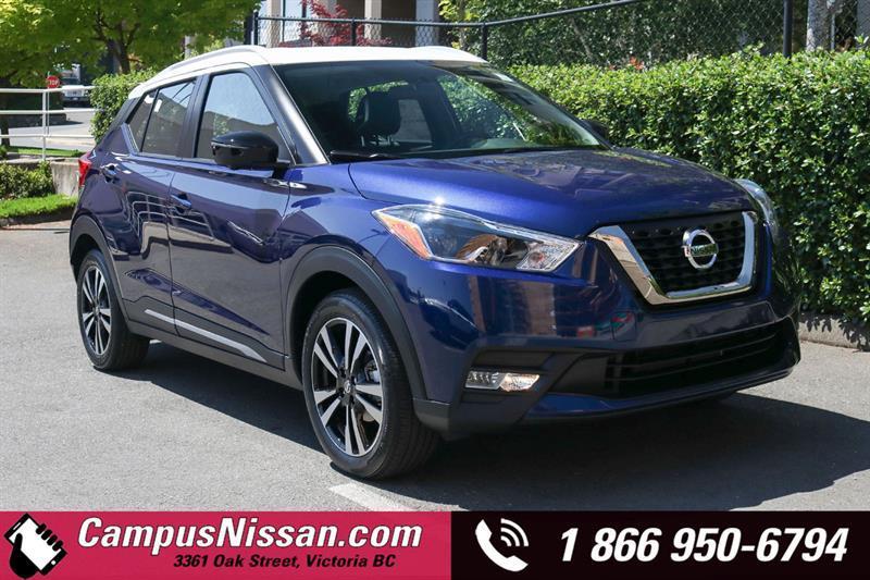 2019 Nissan Kicks SR FWD w/ Two-Tone Paint