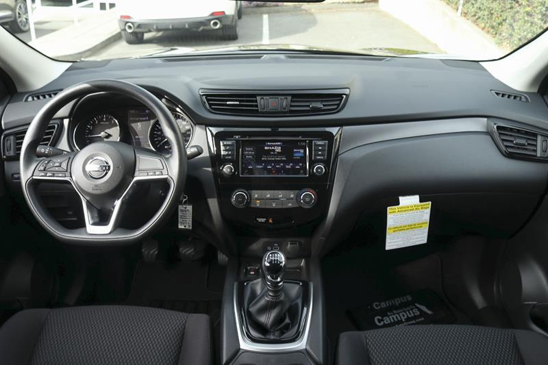 2019 Nissan Qashqai S FWD Manual