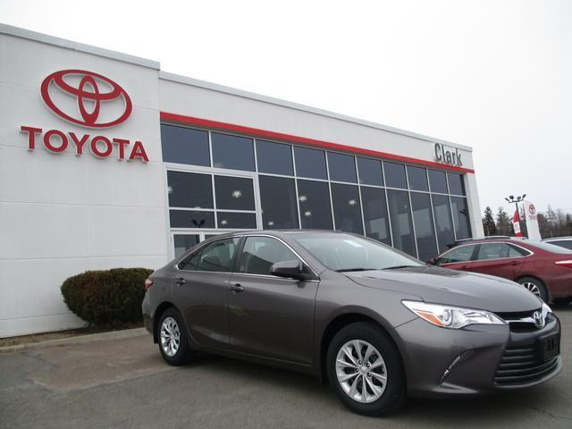 2017 Toyota Camry LE BF1FLT/01H1/AM