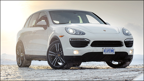 porsche cayenne s 2011 essai routier. Black Bedroom Furniture Sets. Home Design Ideas